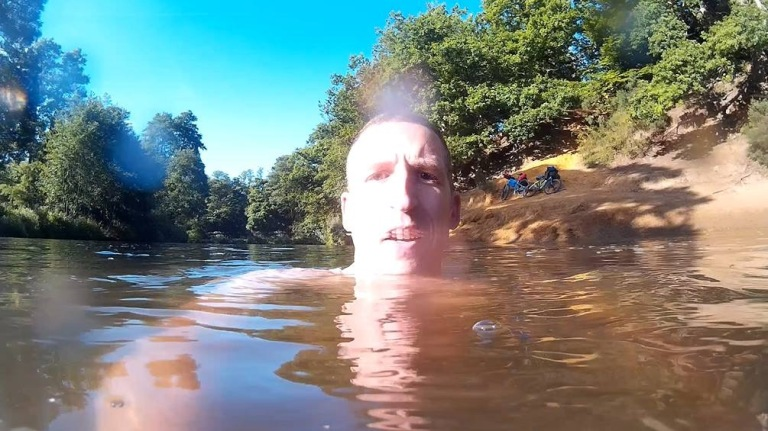 A semi-submerged selfie!