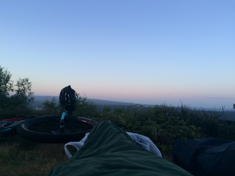 4.45am. The view from the bivvy bag.
